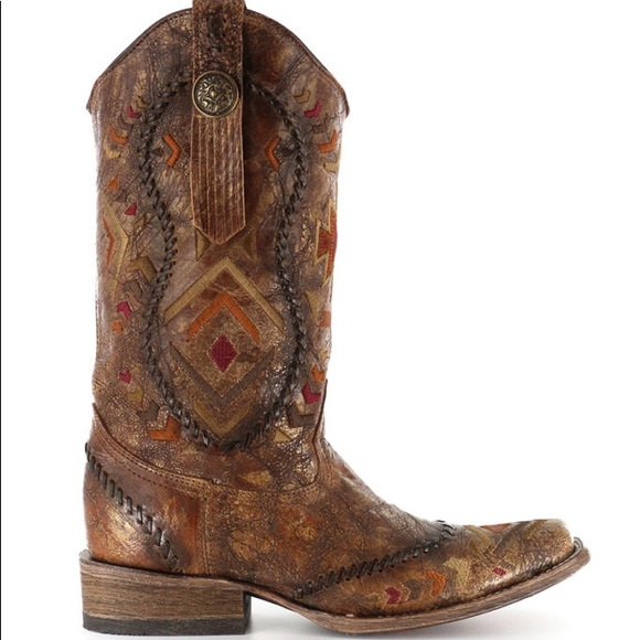 47d92ded3b6 Corral Women's Aztec Square Toe Western Boots 7.5
